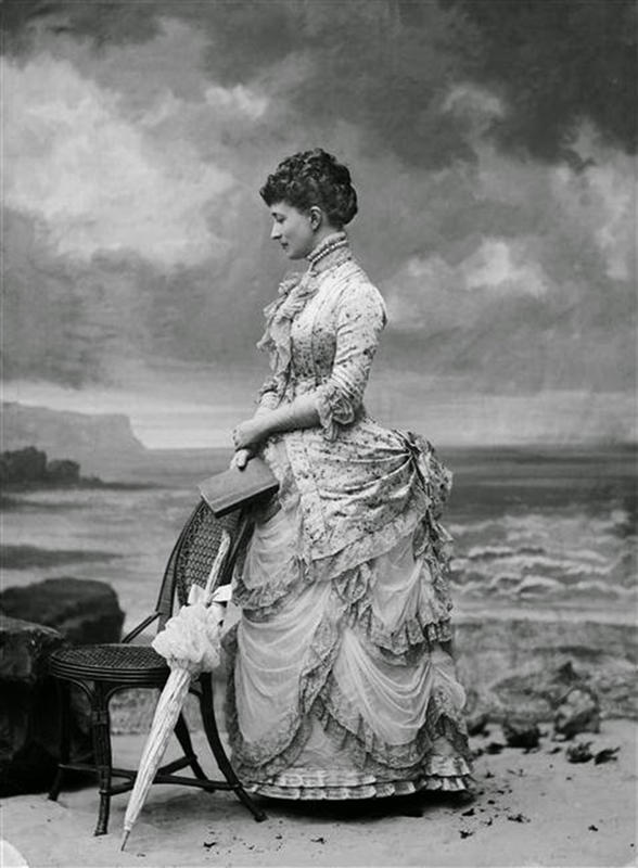 Victorian-Women-Fashion-6