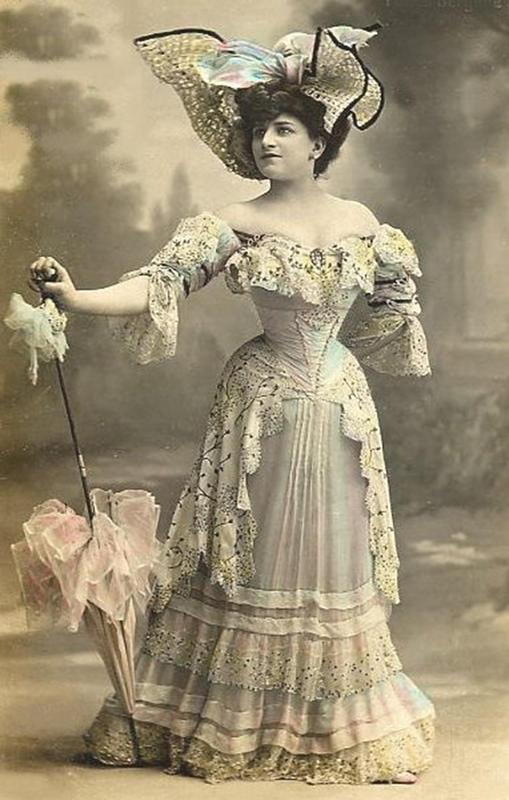 Victorian-Women-Fashion-10