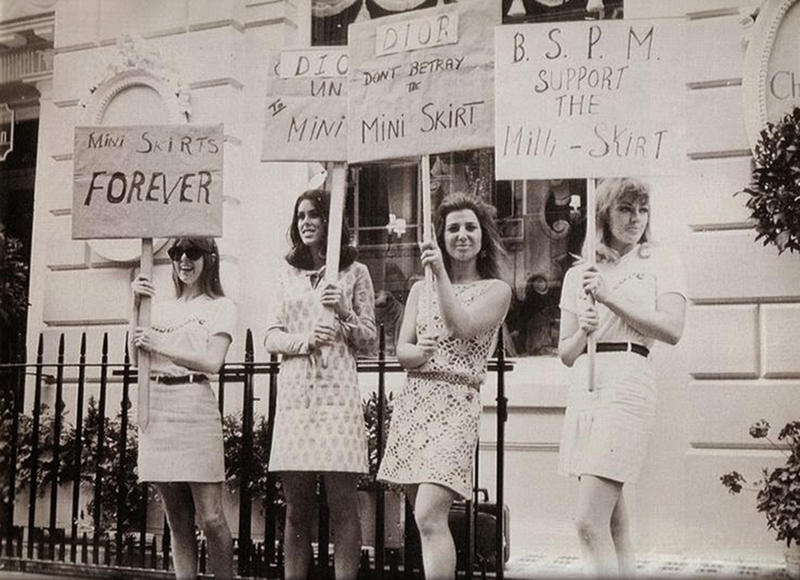 15 Protest Signs That Show Us What Life Was Like In The 1960s