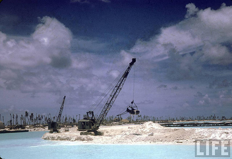 Soldiers-on-Tarawa-22