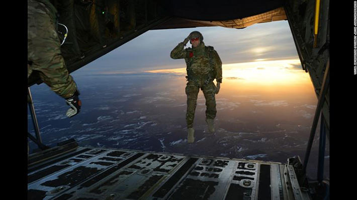 perfectly timed military photos 5