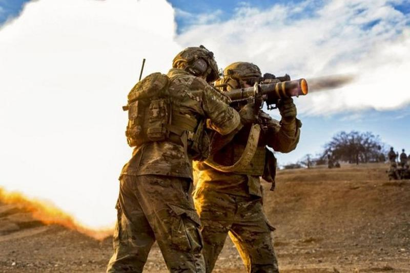 perfectly timed military photos 12